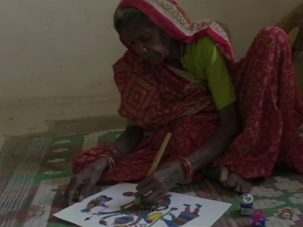 madhya pradesh old womans paintings displayed in italy