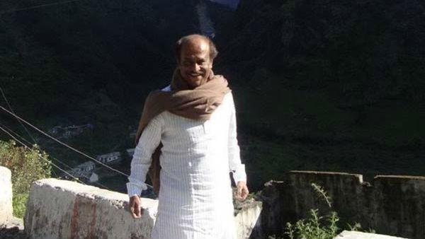 இமயமலையிலிருந்து ரஜினி ரிட்டர்ன்.. எப்போது அரசியல்.. பதிலளிக்காமல் கிளம்பினார்