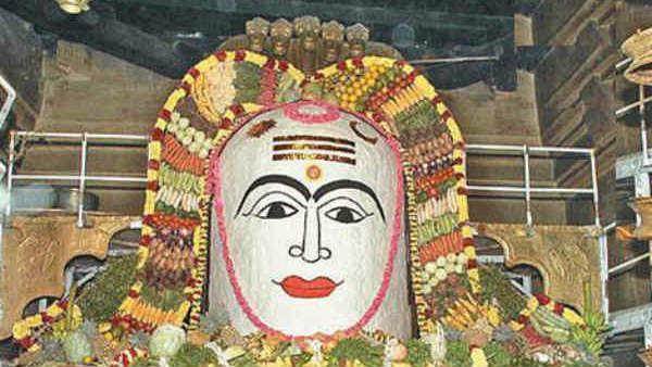 ஐப்பசி பவுர்ணமி : சிவ ஆலயங்களில் அன்னாபிஷேகம் - தரிசித்தால் அன்னதோஷம்  போகும் | Aippasi Annabishekam to be held on November 11 In all Siva Temples  - Tamil Oneindia
