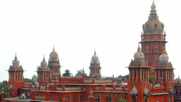 Chennai HC orders to remove two wheelers opposite to NSC bose road