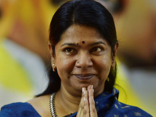 madras hc ermits uticorin voter to continue his case against kanimozhis victory