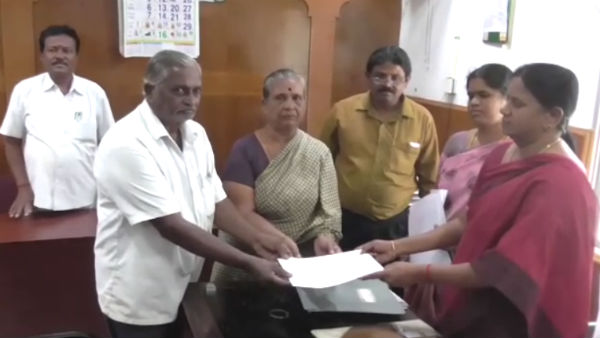 Revenue Divisional Officer retrieves Rs 3 crore worth assets and give it back to elderly couple