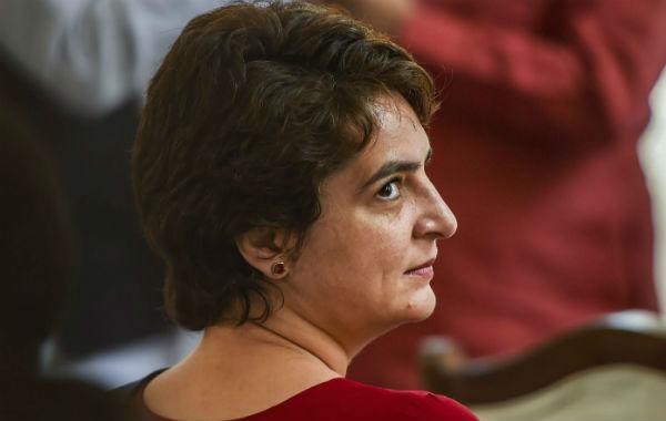 ஜார்க்கண்ட் தேர்தல் பிரச்சாரம்.. காங். வெளியிட்ட தலைவர்கள் பட்டியலில் பிரியங்கா காந்தி பெயரில்லை