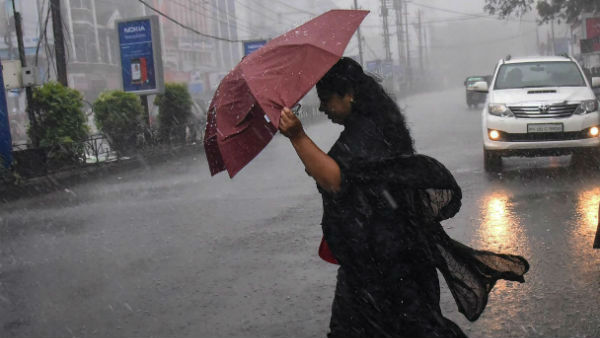 rain fall likely to occur at Coastal districts over Tamilnadu
