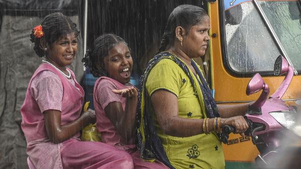 8 மாவட்டங்களில் இடியுடன் கூடிய கனமழை பெய்யும்.. சென்னை வனிலை மையம்