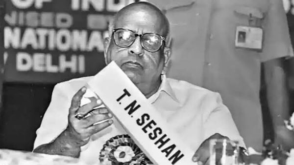 Former election commissioner TN Seshan passed away at 87