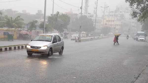 Rain hits in Chennai and more parts of the Tamilnadu