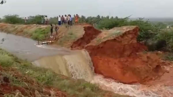 breach in 58 canal irks farmers in and around usilampatti