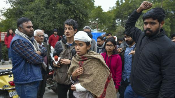 விடுதி காவலரை தாக்கிவிட்டனர்.. ஜேஎன்யூவின் மாணவர் சங்க தலைவர் உட்பட 19 பேர் மீது எப்ஐஆர் பதிவு!