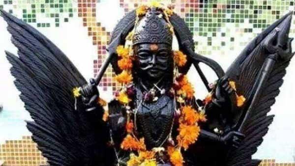 சனிப்பெயர்ச்சி 2020:  சனிபகவானுக்கு எது ரொம்ப பிடிக்கும் - எது பிடிக்காது தெரியுமா