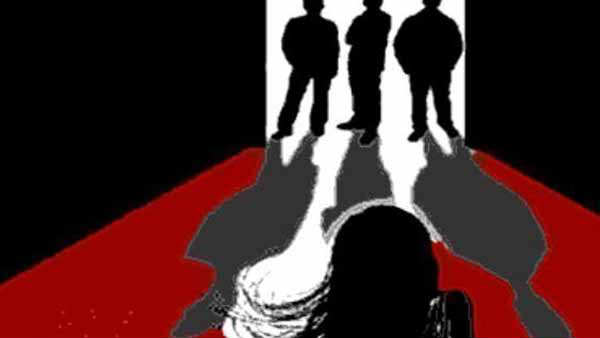 hiv positive woman gang raped on running train in bihar