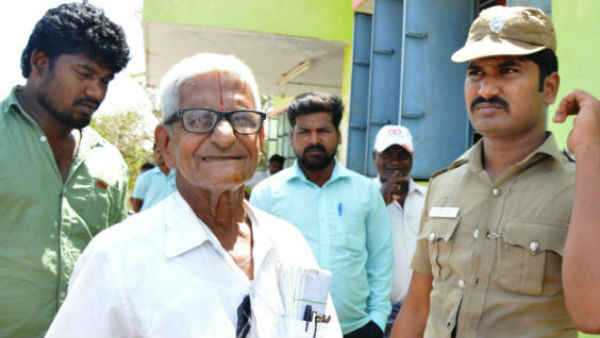 Chennai Court has ordered the social worker Traffic Ramaswamy to be arrested with out bail