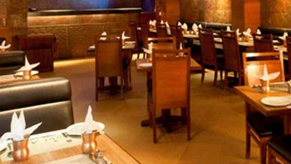 hotels and canteens allowed to operate in tamil nadu with conditions : tn govt