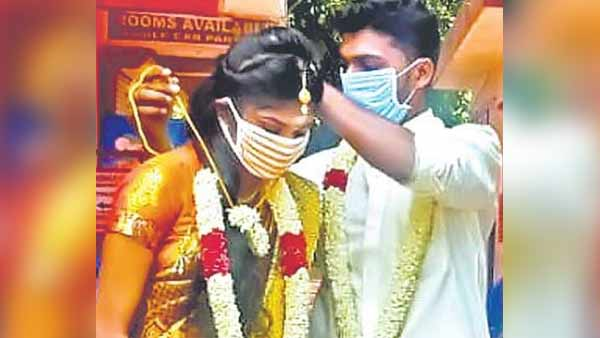 coronavirus: couple married marriage in state border due to not getting e pass