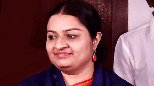 J Deepa welcomes high court decision for jayalalitha property case