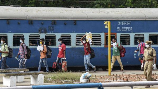 சிறப்பு ரயில்களில் கூடுதல் பயணிகளை அனுமதிக்க முடிவு- 3 ஸ்டேசன்களில் நிற்கும்