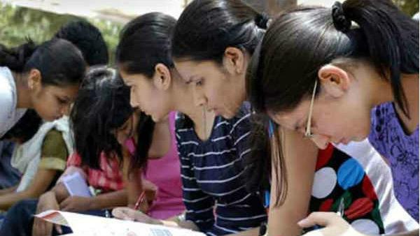 வரும் கல்வியாண்டில் தனியார் பொறியியல் கல்லூரிகளுக்கு புதிய கல்வி கட்டணம்