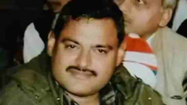 1990-இல் சாதாரண செயின் ஸ்னாட்ச்சர்.. இன்றோ கான்பூரின் டான்.. யார் இந்த விகாஸ் துபே!
