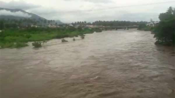 Coimbatore collector issues flood alert for people living on banks of Bhavani river