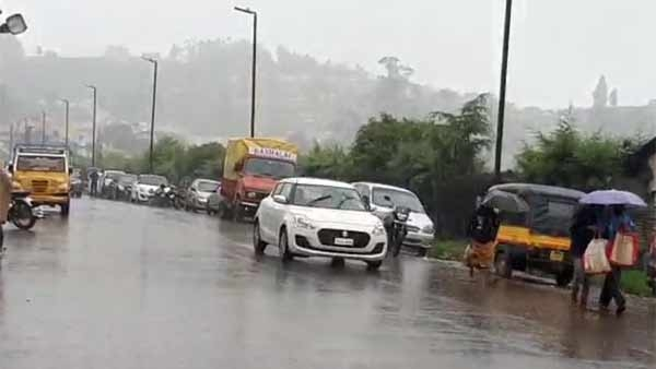 IMD issues Red Alert to Nilgiris and coimbatore