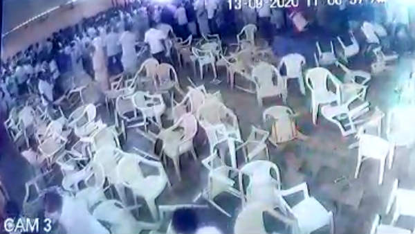 Trichy AIADMK meeting clash before the Minister Complaint to the police