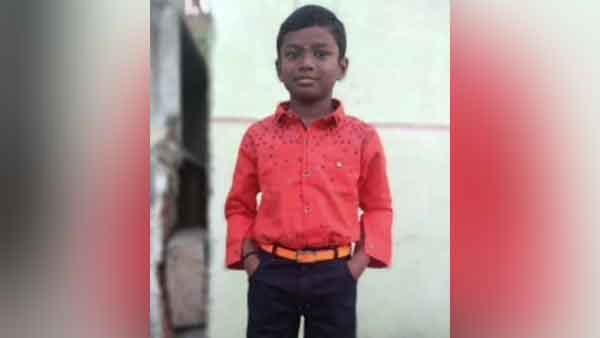 11 years old boy died of his neck strangled by saree in chennai