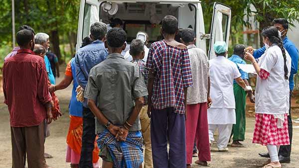 சென்னையில் ஒரே நாளில் 22 பேர் கொரோனாவுக்கு பலி- சேலத்தில் 10 பேர் மரணம்