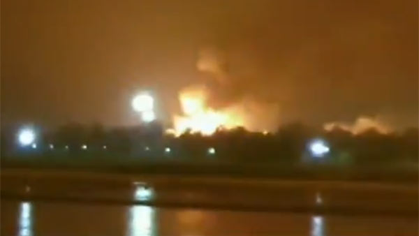 A massive fire broke out ONGCs Surat Plant After 3 Blasts, No Casualties Reported