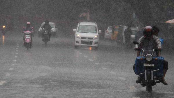 Chance of Heavy rain in Madurai, Dindigul and Theni in 10 district