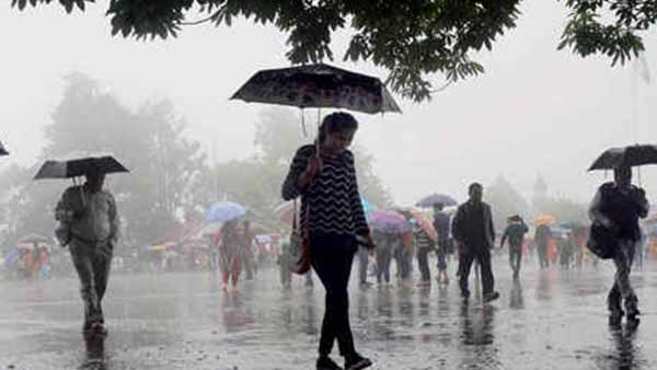 Moderate to heavy rain fall in Nilgiris