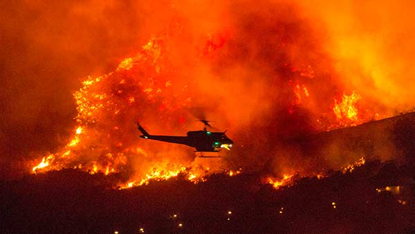 US Wild fire.. 24 dead, 5 lakh people to evacuate