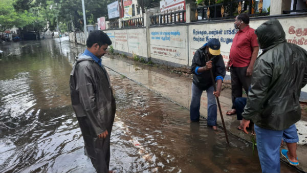 சென்னையில் 70 % இடங்களில் துண்டிக்கப்பட்ட மின்சாரம்.. மீண்டும் எப்போது வரும்?  அமைச்சர் பதில்