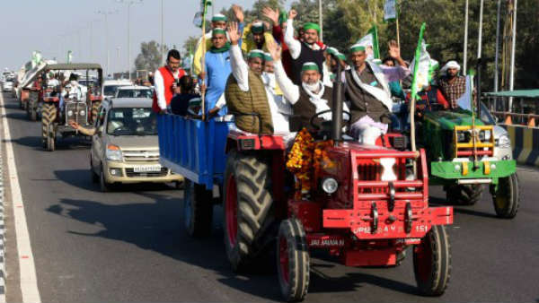 Farmers protest in delhi govt forward to resolve the demands says Opposition party