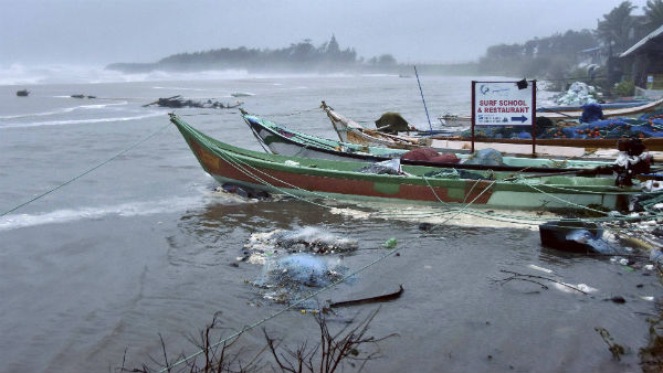 Cyclone in Bay of Bengal : TN Govt advises to Fishermen not to venture out to sea
