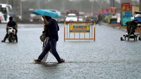 Cyclone Nivar: Heavy Rain pouring in Chennai