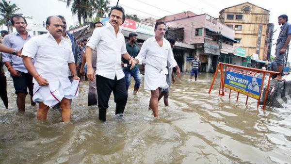 Mk stalin advice the DMK Volunteers should help by the people in times of calamity