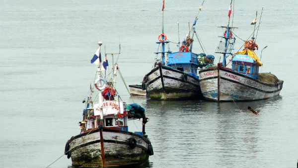 Srilanka Courts allow to destroy TN Fisheremen Boats