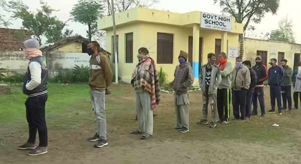 Third phase Polling underway for JK DDC election