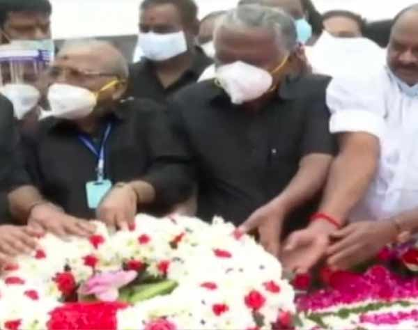 Jayalalithaa Memorial Day Tribute - OPS EPS call at 6 p.m.