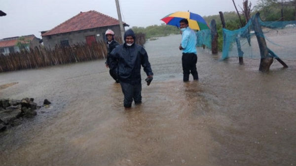 Cyclone Burevi hits Eelam Tamils Dists in North and East Srilanka