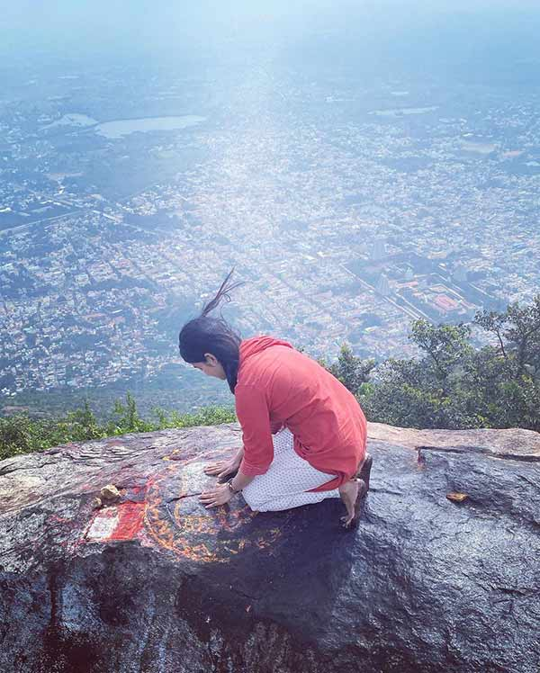 Sanchita Shetty climbs a hill in Thiruvannamalai and sees the light - viral photo