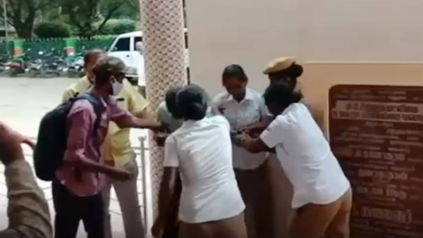 Women police saved an auto driver in Vellore