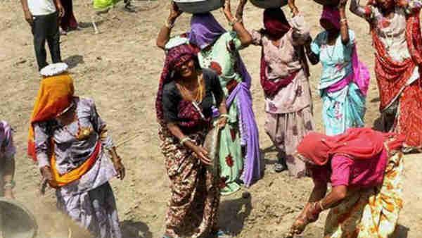 செம செம.. உழைப்பாளி தமிழர்கள்... தேசிய வேலைவாய்ப்பு உறுதி திட்டத்தில் தமிழகம் டாப்!