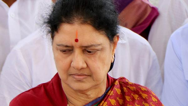 Sasikala health issue: Severe pneumonia fever with type 2 diabetes says Victoria Hospital
