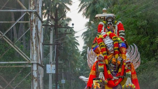 ஸ்ரீ ரங்கம் ரங்கநாதர் கோவில் தை தேரோட்டம் -  22ல் கருடசேவை,27ல் திருத்தேரோட்டம்