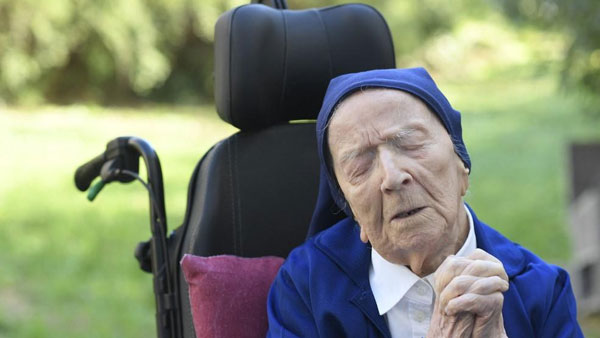 French Nun, Europes Oldest Person, Turns 117 After Surviving Covid