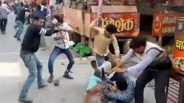 UP Baghpat engage in hand to hand combat using lathis