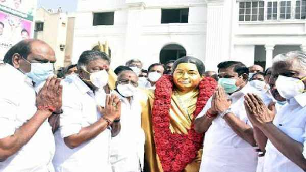 CM EPS lights lamps on Jayalalithaa's 73rd birth anniversary