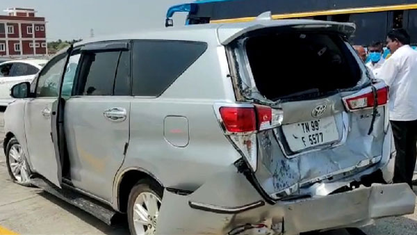 Accident near Dharapuram SP Velumani, Speaker Danapal Security vehicles damaged