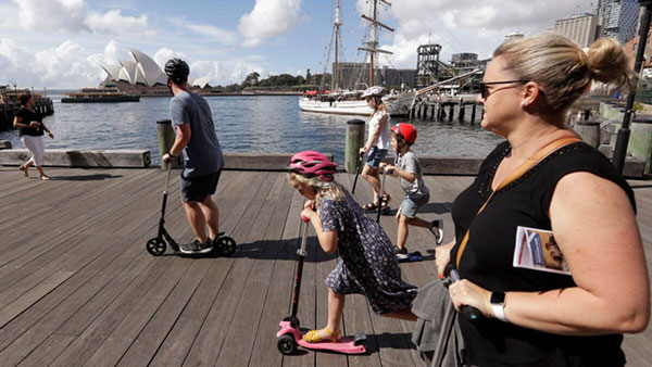 Australia opens travel bubble with NZL